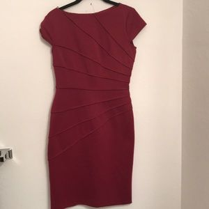 London Times Polyester Maroon Dress. Sz 4